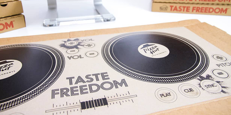 pizza-hut-dj-pizza-box